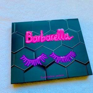 BNIB! Beebeauty Barbarella eyeshadow palette